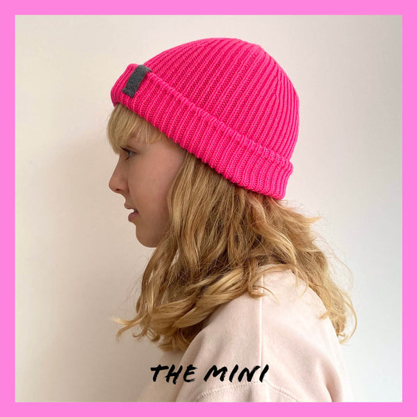 ZOE - MINI Super Chunky Knitted Hat FLUO PINK - The bonniemob
