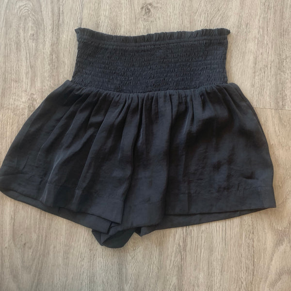 TCEC Black Ivy Short