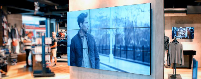 Digital Displays: A Strong Trend In Apparel Retail