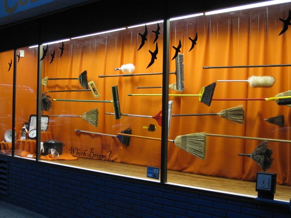 06-cole-hardware-halloween-display-window.jpg
