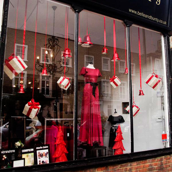 100 christmas window display ideas part 2 mannequin mall for Show window designs