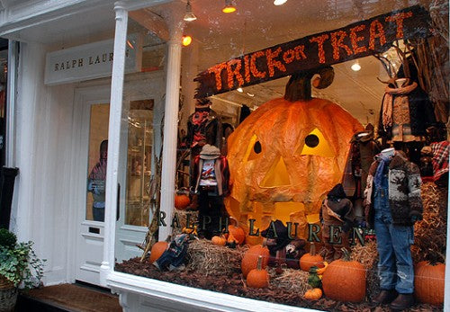 09,ralph,lauren,store,halloween,display,window,design.