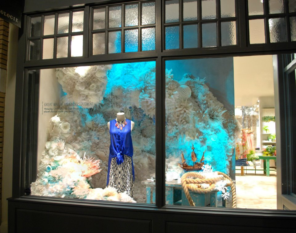 100 creative store display window designs part 1 for Creative window designs