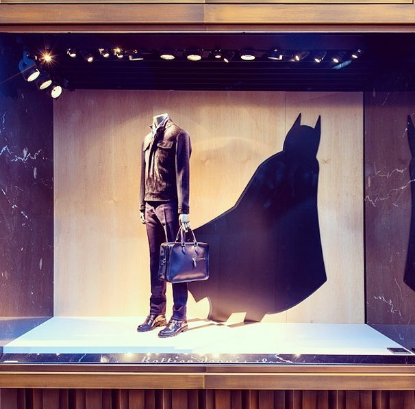 19-berluti-luxury-store-hallowen-display-window.jpg