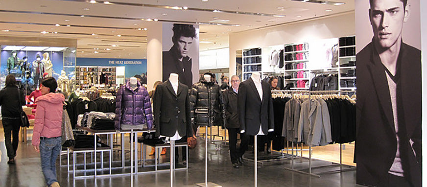20 Merchandising Tips   Tricks You Need to To Use - Mannequin Mall 66a5aaf54