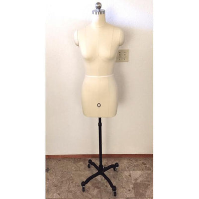 Mannequin Mall Female Professional Dress Form Mannequin with Removable Shoulders - MM-FMT For Fashion Stores and Retail Shops
