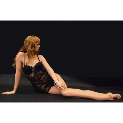 Mannequin Mall Realistic Female Mannequin MM-FR11 For Fashion Stores and Retail Shops
