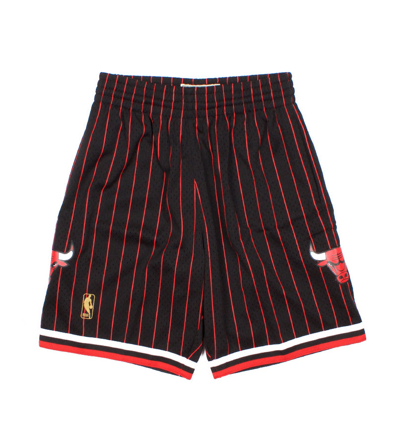 Chicago Bulls 1996-1997 Alternate Swingman Shorts (Black)
