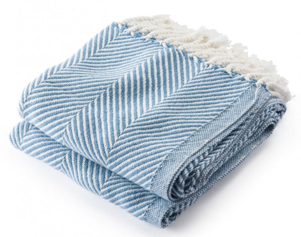 Brahms Mount Monhegan Throw Soft White/Denim