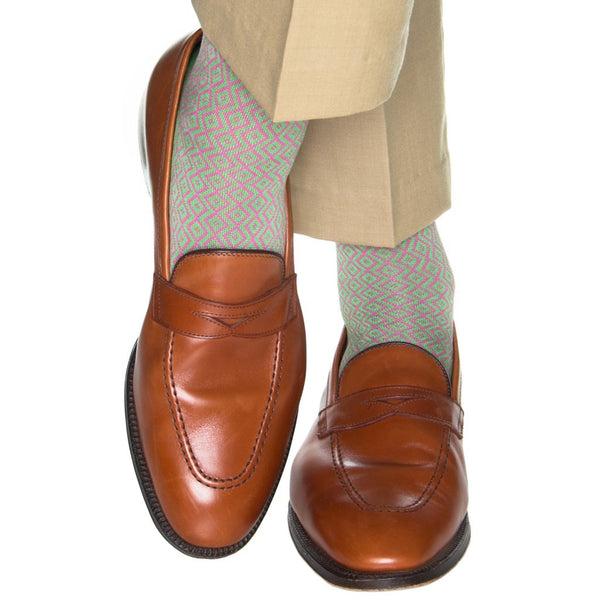 Dapper Classics Double Diamond Mid Calf Socks, Grass Green/Rose