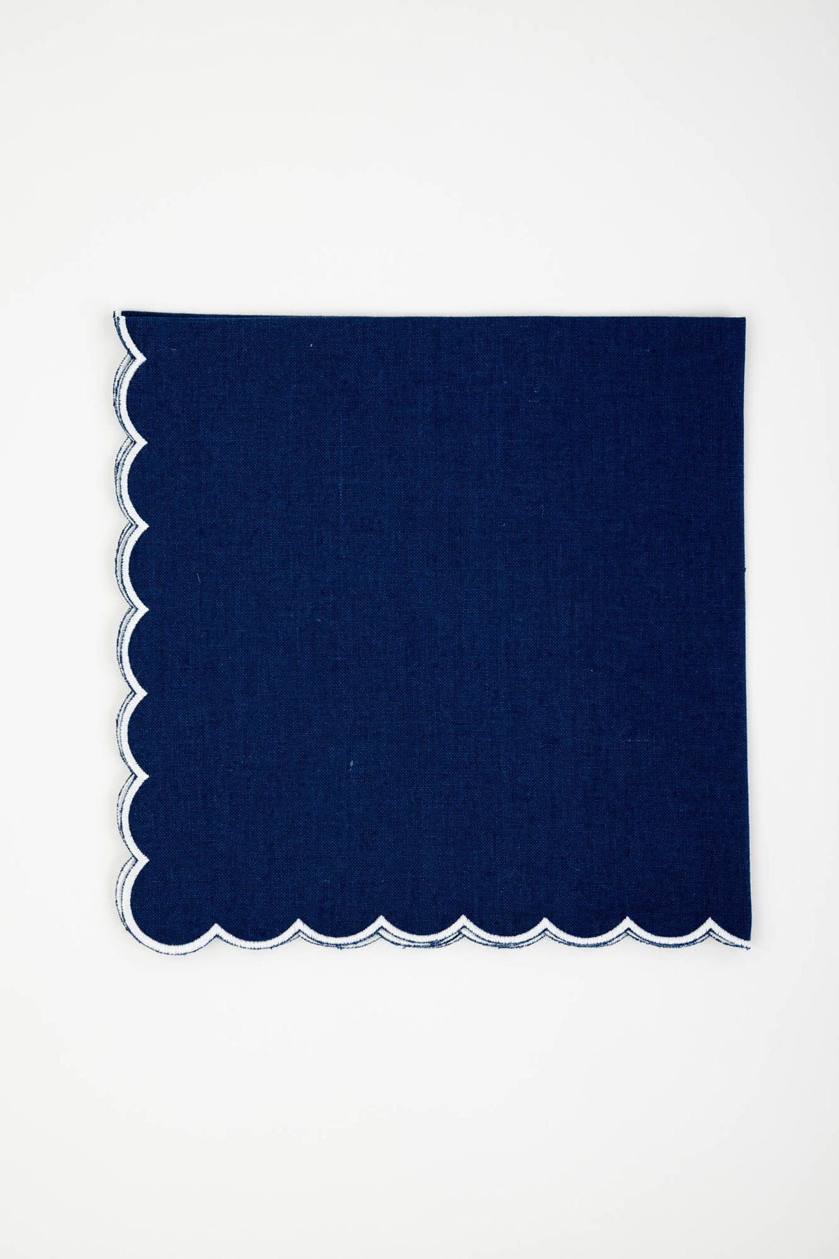 Linen Napkins, Sapphire with White Scallop, Set of 4
