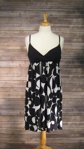 AB Studio black & white medium size dress