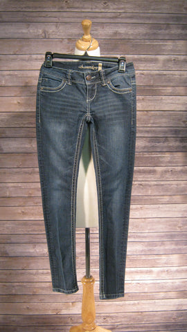 American Rag Cie Super Skinny Jeans size 0