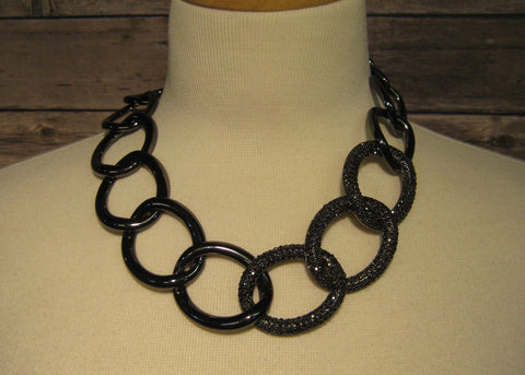 Black Metal Link with Rhinestone Detail Necklace