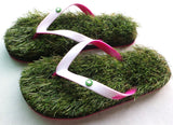 GFF Grass Flip Flops, Medium (9.5-10.5), White Pink