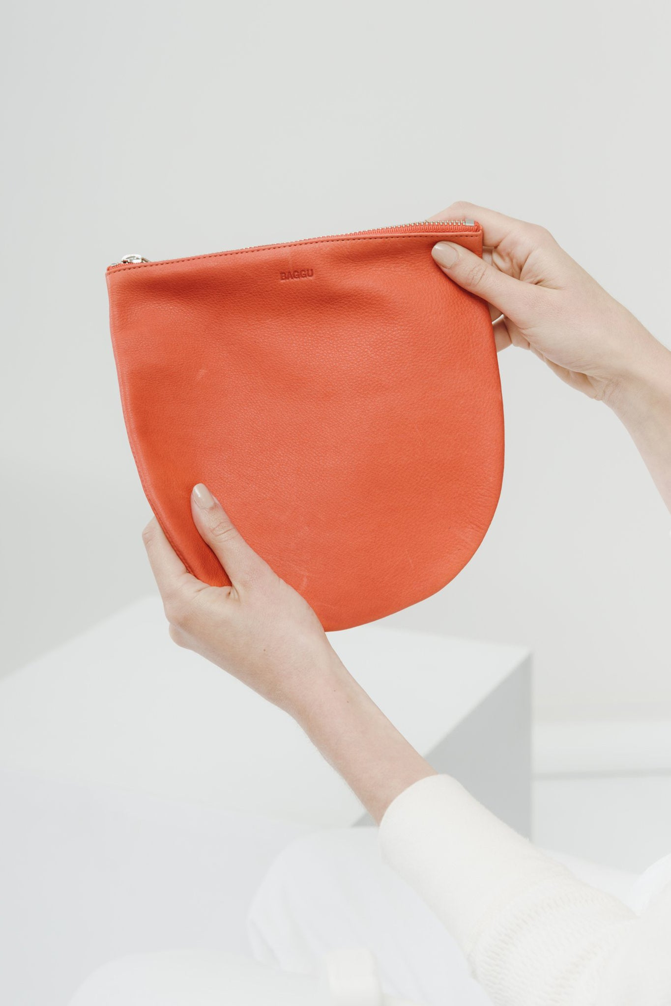 Large Leather U Pouch—Warm Red