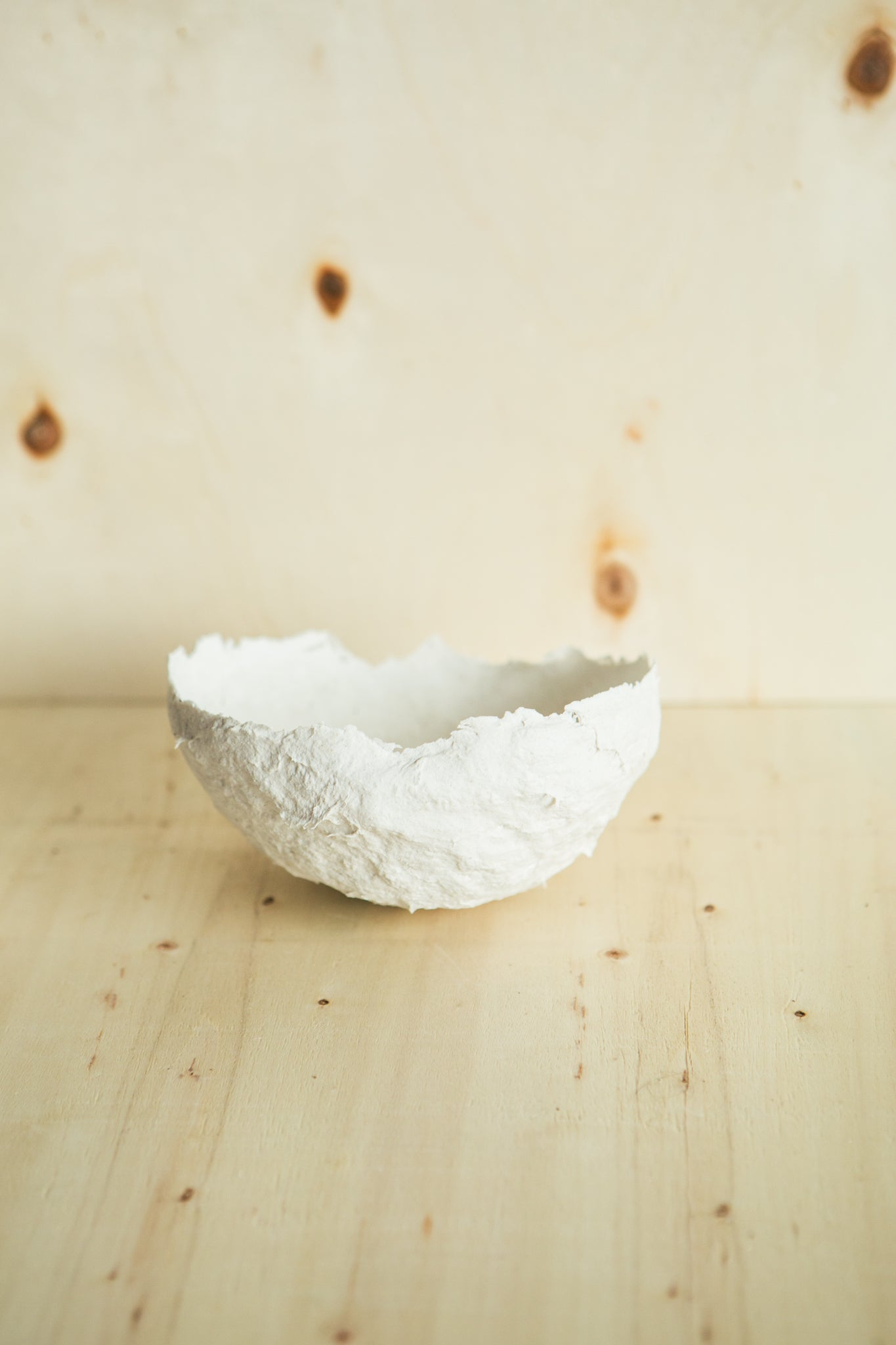 Papier-Mâché Thin Bowl