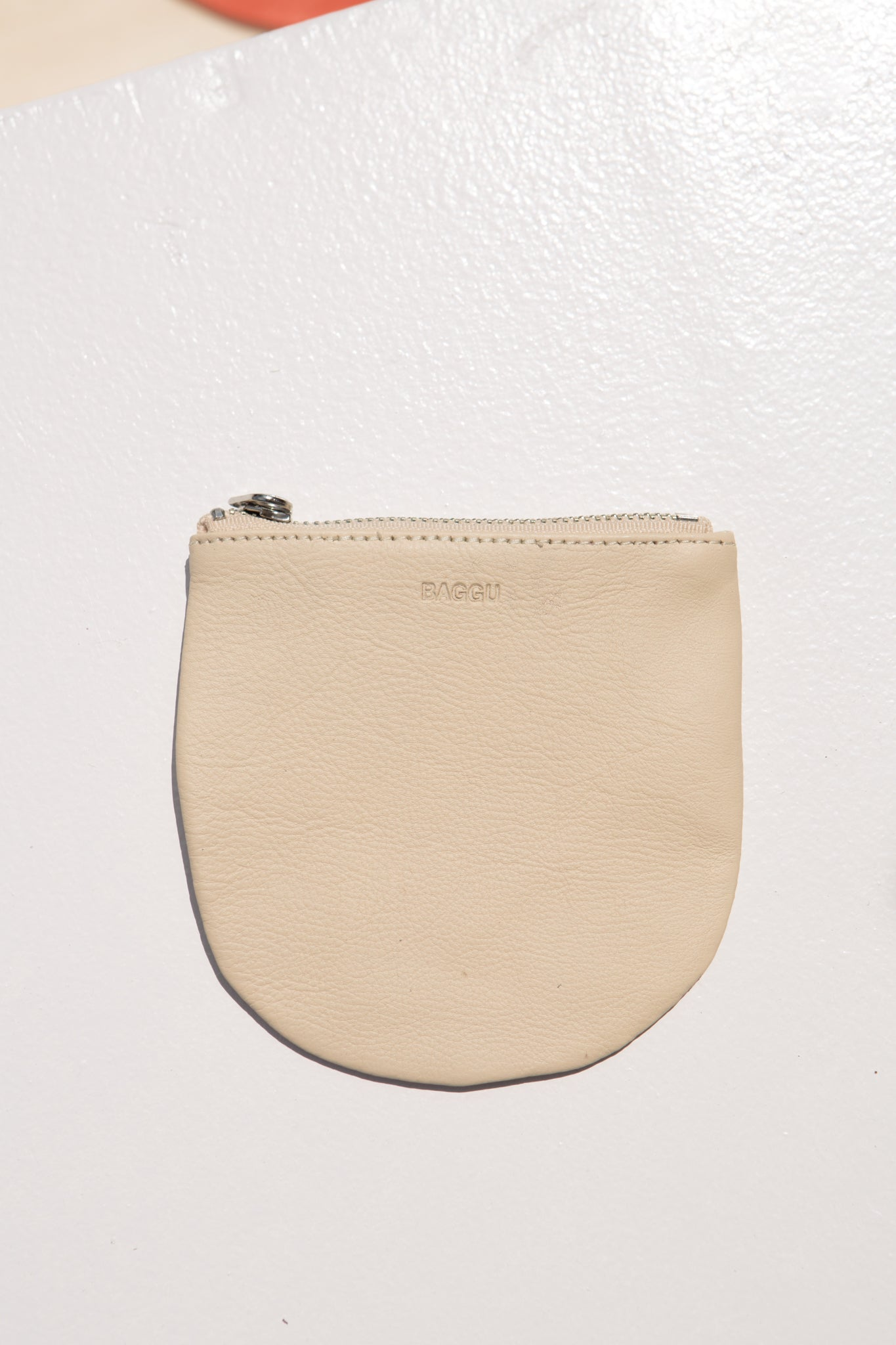 Small Leather U Pouch—Natural
