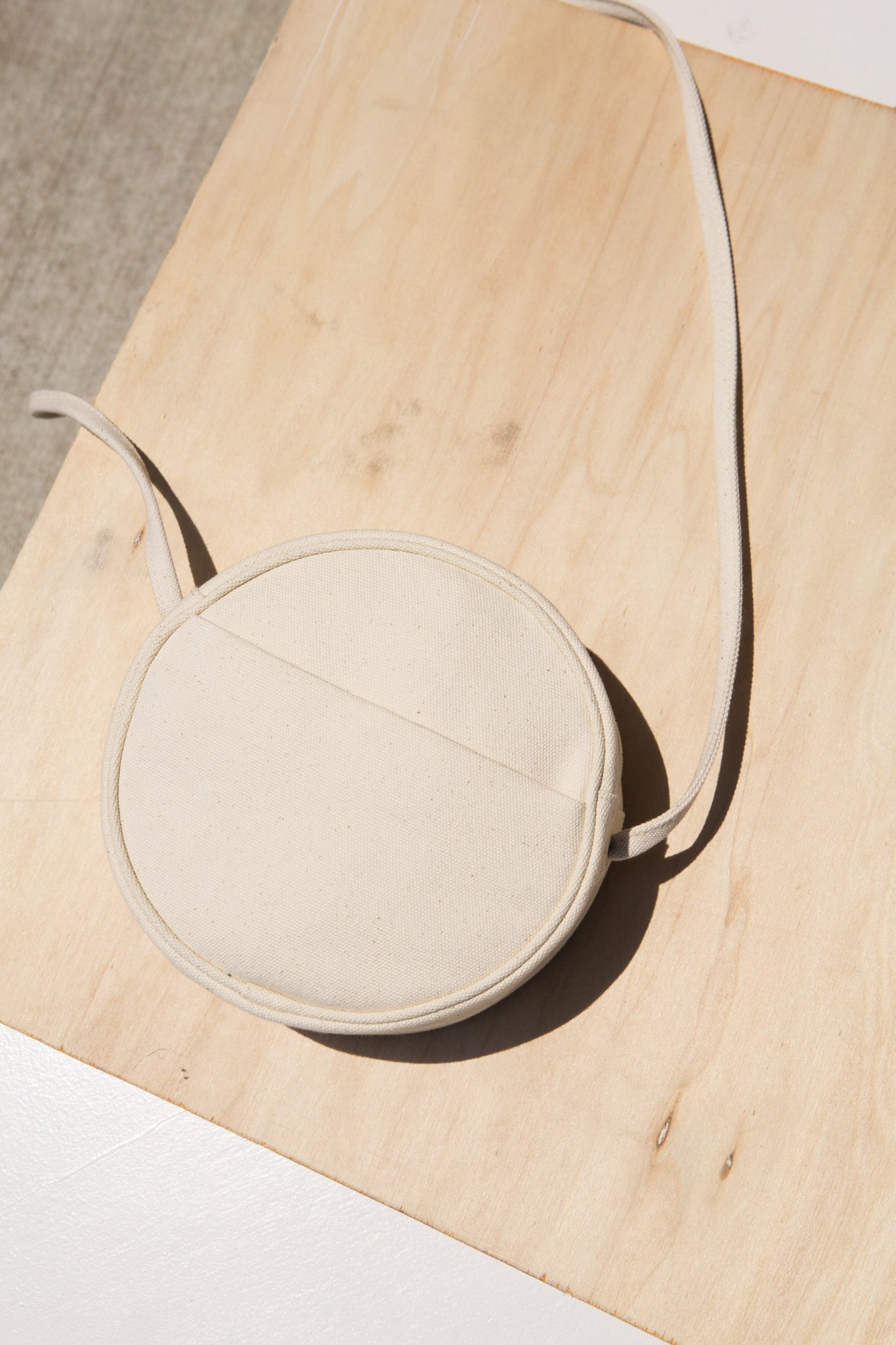 Small Canvas Circle Purse—Natural