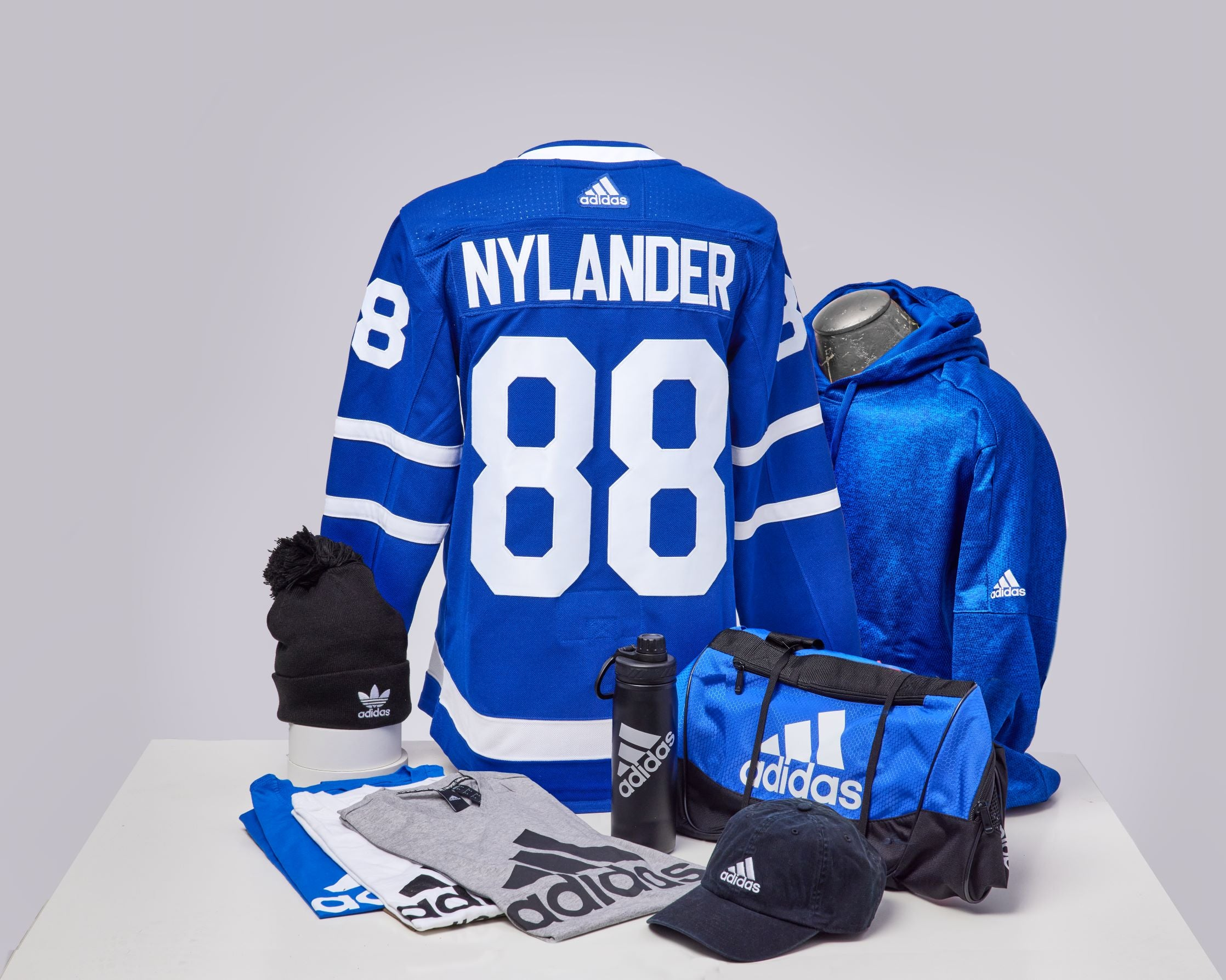 Maple Leafs Adidas Authentic Men's Home Jersey + Adidas Pack - NYLANDER