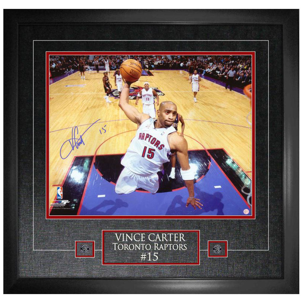 "Vince Carter Signed ""White Jersey Dunking"" 16""x20"" Photo Framed"