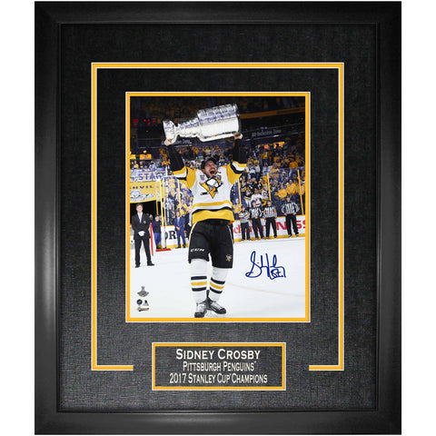"Penguins Crosby Signed ""Raising 2107 Stanley Cup"" 16x20 Photo Framed"