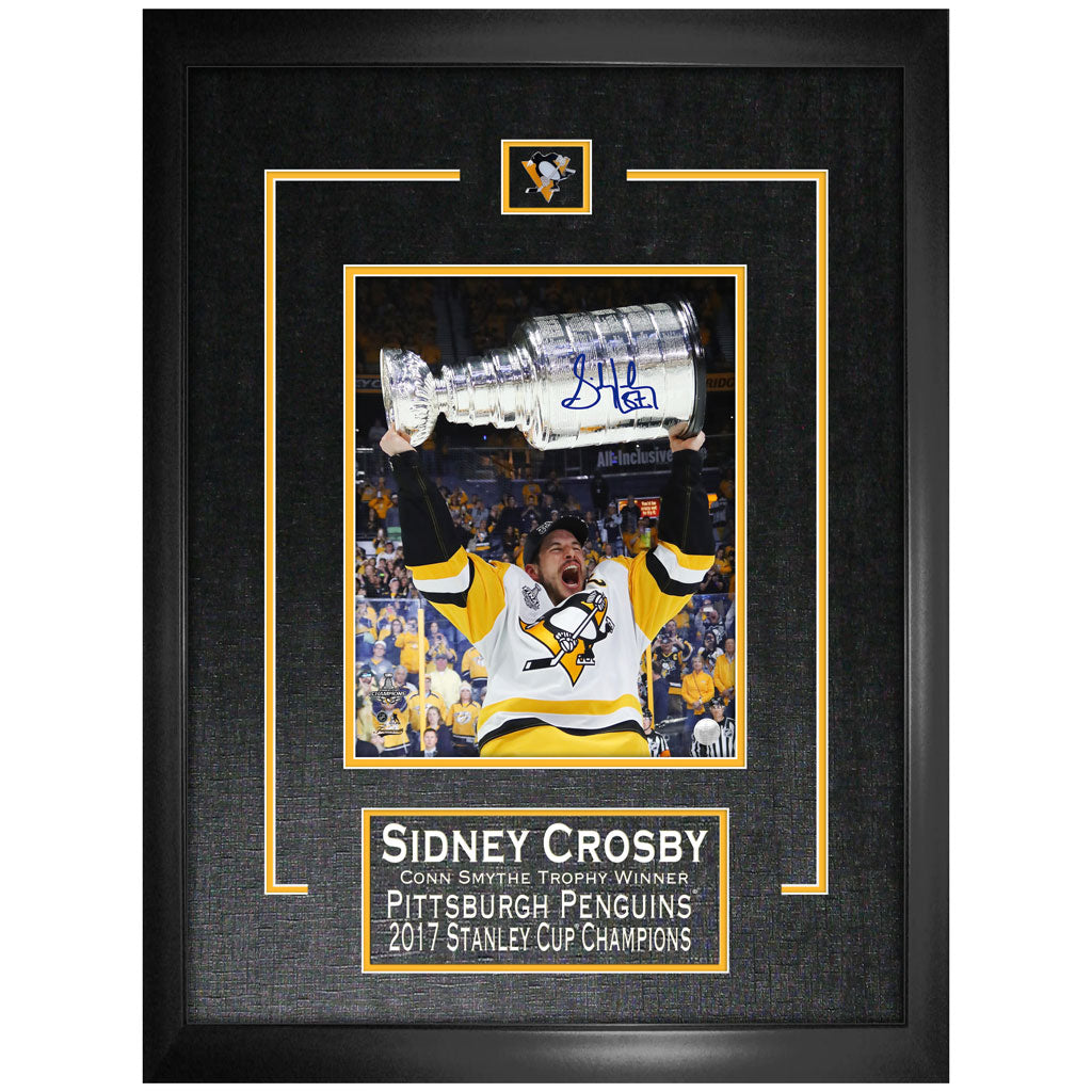 "Penguins Crosby Signed ""Raising 2107 Stanley Cup"" 8x10 Photo Framed"
