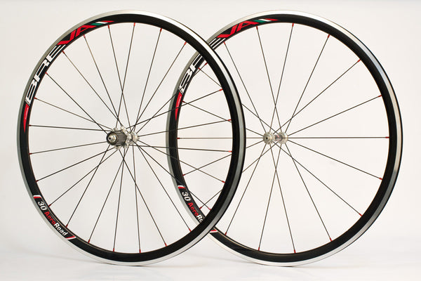 Spada Breva Crystal Clincher - Rear only.  HALF PRICE in our stock clearance!