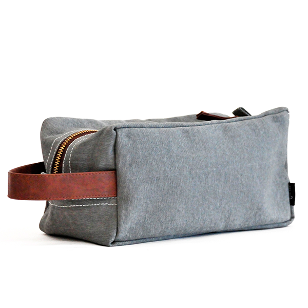 MAIKA - Waxed Ash Canvas Travel Case