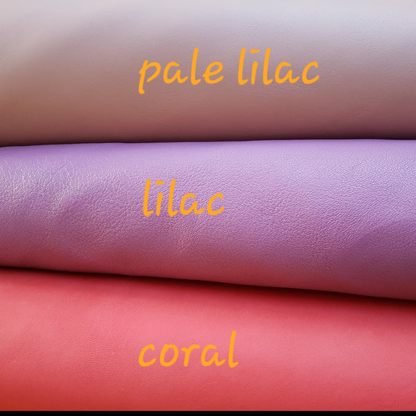 leather golf journal colour choices in pale lilac, lilac and coral