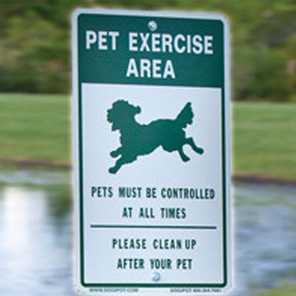 Off Leash Pet Exercise Area. Please clean up after your pet