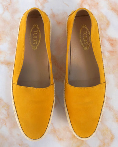 TOD'S 38 Gommino Yellow Gold Suede Esapdrille Flats Sneakers 8 NEW