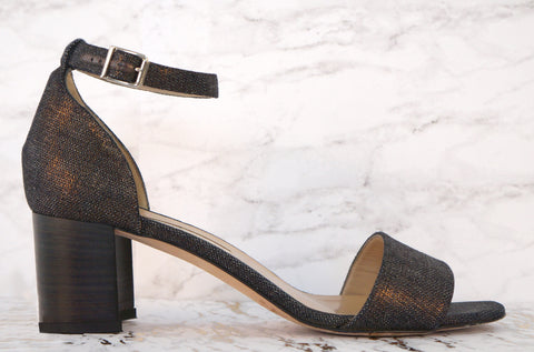 MANOLO BLAHNIK 40 Lauratomod Metallic Wash Denim Buckle Sandals Heels 9.5