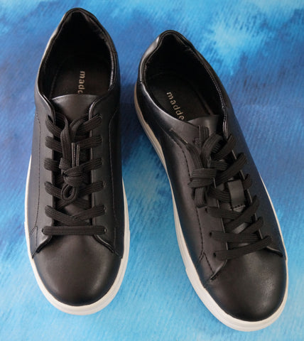 MADDEN GIRL 7 Women's Black Kitten Low Top Sneakers NEW