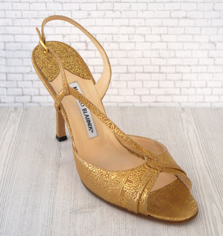 MANOLO BLAHNIK 40 Gold Henna Embossed Leather Pumps Slingbacks Heels 9.5