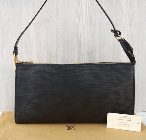 LOUIS VUITTON Black Epi Leather Pouchette Handbag MINTY MINT!