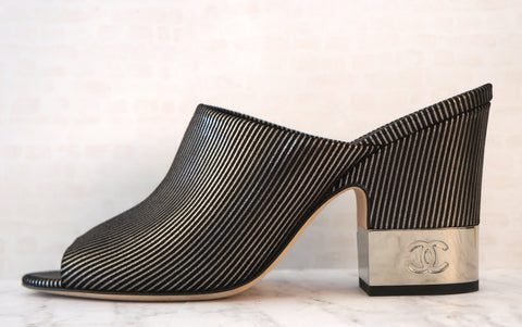 CHANEL 40.5 Black Metallic Striped Suede Sandals Block Heel Slides 10 NEW