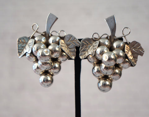 STERLING SILVER GRAPE CLUSTER Vintage Earrings Clip Back 35 gr