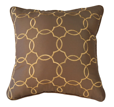 THE WELL DRESSED BED Mazagan Latte Quatrefoil Accent Pillow WITH INSERT 18 x 18