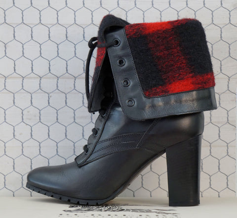 BURBERRY 36 Elford Black Leather Foldover Plaid Cuff Booties Ankle Boots 5