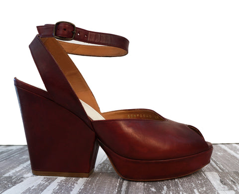 MAISON MARGIELA 39 Burgundy Leather Platform Wedge Sandals 8.5