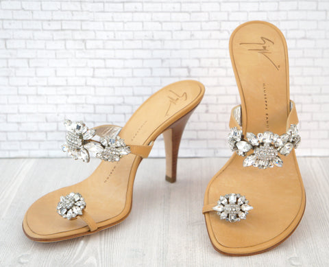 GUISEPPE ZANOTTI 37.5 Rhinestone Crystal Leather Toe-Ring Heels Sandals 6-6.5