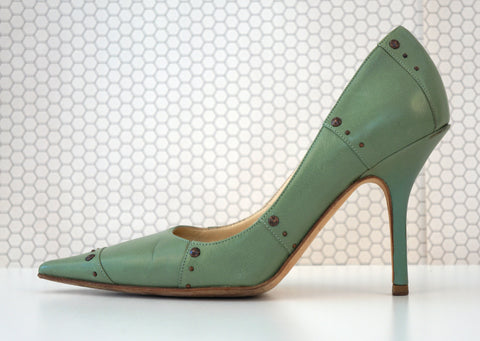JIMMY CHOO 35.5 Studded Celedon Green Leather Point Toe Pumps Heels 5.5