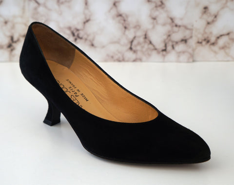 CHARLES JOURDAN 5.5 Black Suede Comma Heels Pumps