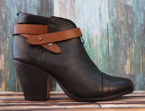 RAG & BONE 40 Harrow Black Leather Ankle Boots 9.5
