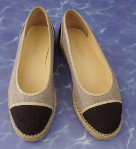 CHANEL 40.5 Black Oatmeal Gray Canvas Espadrilles Flats 10