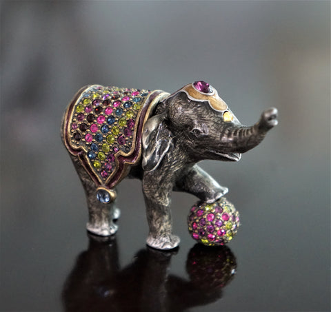JAY STRONGWATER Barnum Baby Elephant Trinket Box Multicolor Crystals
