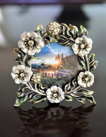 "TIZO 3"" Round Enamel Crystal Floral Easel Stand Picture Frame"