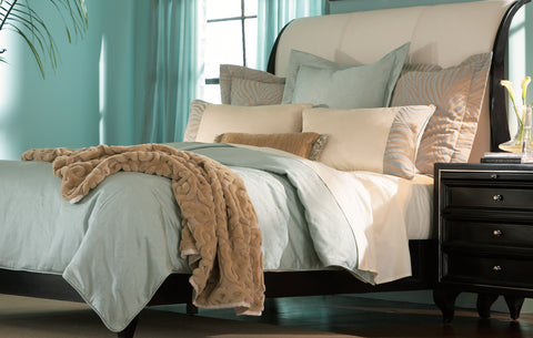 THE WELL DRESSED BED Metropolitan Queen King 8 Piece Bedding Collection Set