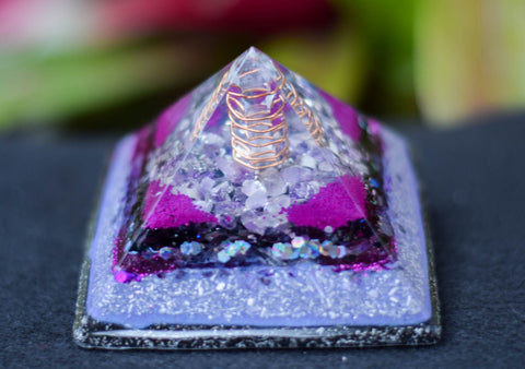Purple Amethyst Intuition Orgonite Pyramid - With Clear Quartz Crystal  - Glow in the Dark